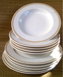 Culinary Arts Dinnerware - Victorian Pearls
