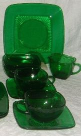 Green Glass Dinnerware