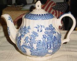 Blue Willow Dishes - Blue Willow Teapot