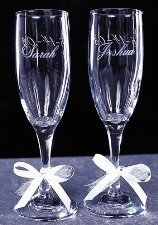 Engraved Wine Glasses - Personlized Wedding Glasses
