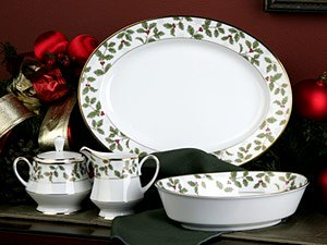 Noritake Holly Dinnerware